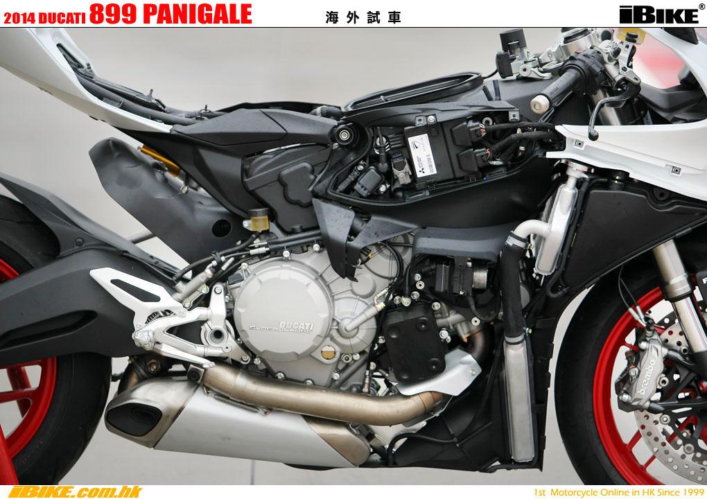 Ducati 899 Panigale White additionally Ducati 899 Panigale in addition Precio 11 899 Seguro De Benelli Tnt 899 Sport Calcular Seguro also Benelli Cafe Racer 899 besides 2014 Ducati 899 Panigale. on 899 html